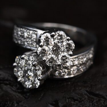 Where to Sell the Diamond Ring for the Best Price?